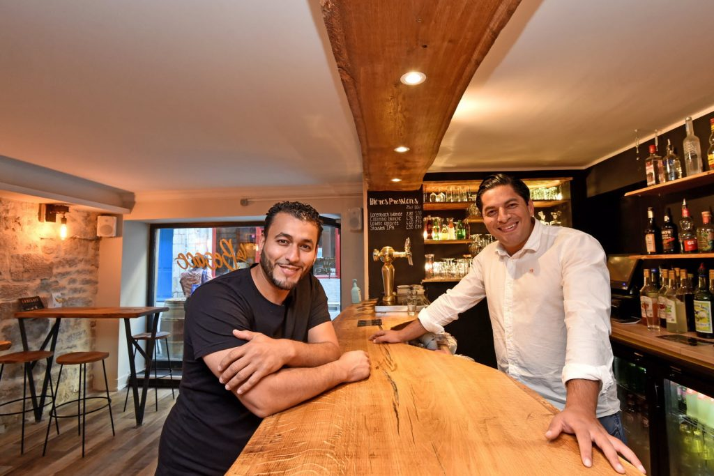 Samir Zegaï et Yacine Yahiaoui s'associent our ouvrir La Besace Photo ER /Franck LALLEMAND